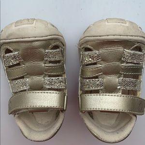 Ugg Sandals infant toddler size 5 gold sparkles